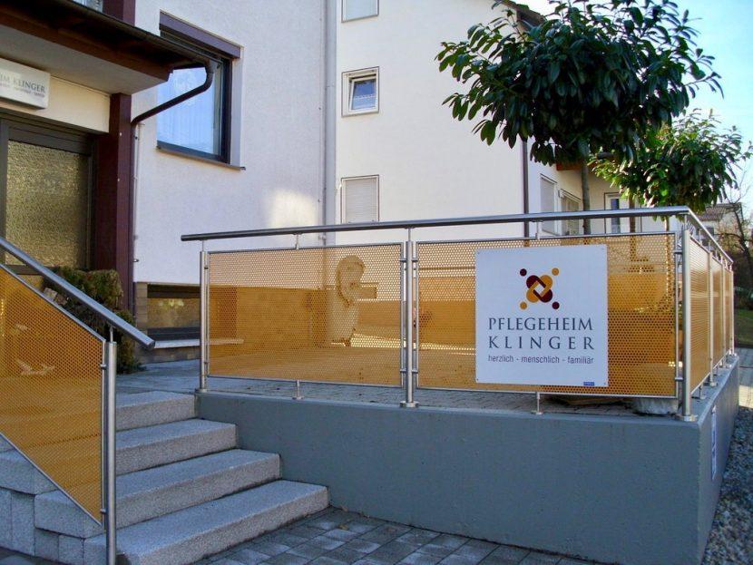 Seiteneingang Pflegeheim Klinger Maroldsweisach